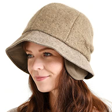 d42c1d634db28 Casualbox Womens Winter Hat Classic Casquette Retro Design Ladies Lady Warm  Earwarmers Beige