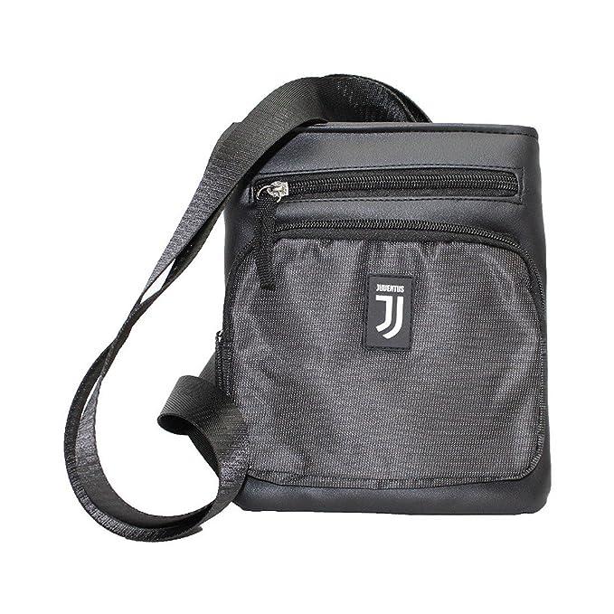 Borsello tracolla JUVENTUS da uomo Nero ecopelle-tessuto sintetico 13880   Amazon.it  Abbigliamento 8f969def2c7