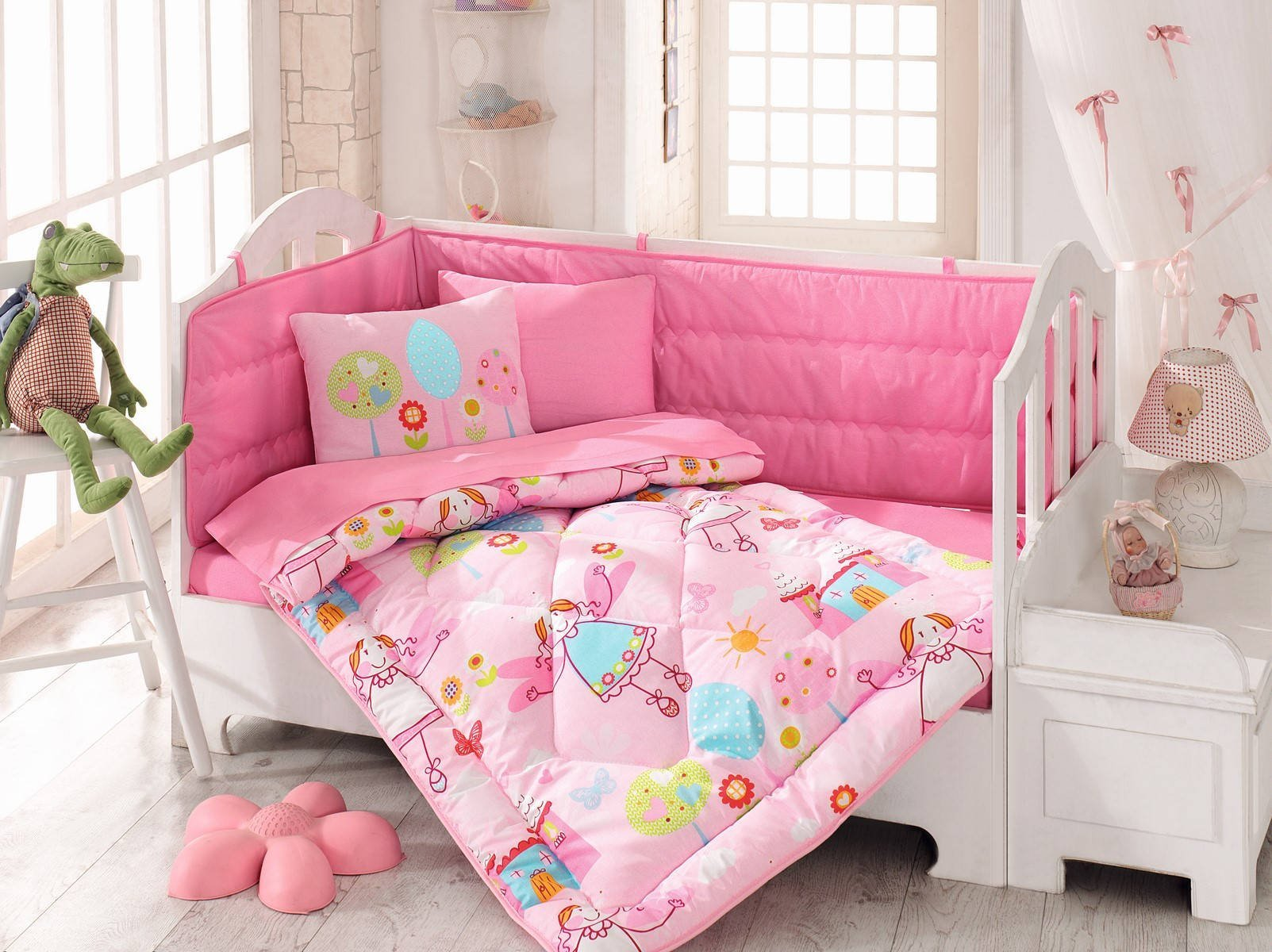 LaModaHome 6 Pcs Luxury Soft Colored Bedroom Bedding 100% Cotton Ranforce Baby Sleep Set Quilt Protector/Soft Relaxing Comfortable Pattern Design Pink Sweet/Baby Bed Size with Flat Seet