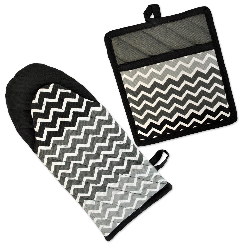 DII 100% Cotton, Machine Washable, Everyday Kitchen Basic, Chevron Printed Oven Mitt and Pot Holder Gift Set, Black