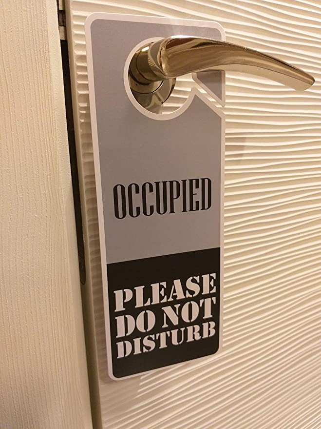 Amazon.com: Clever Signs Ocupado – No molestar señal, percha ...