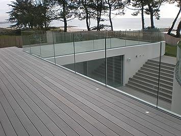 Rahmenloses Balkongelander Aus Glas Mit Bodenprofil In