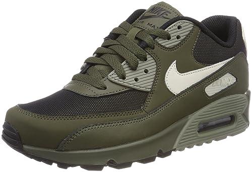 f94ef819717c Nike Men  s Air Max 90 Essential Low-Top Sneakers