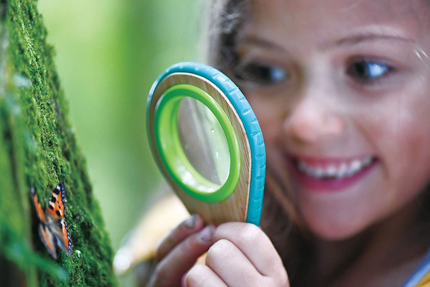 Hape Nature Detective Set| Bamboo & Plant Plastic Detective Playset, Nature Exploration Toys for Outdoor Games