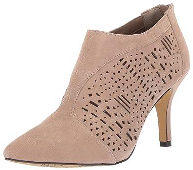 Womens Danica Dress Pump, Black Leather, 10 W US Bella Vita