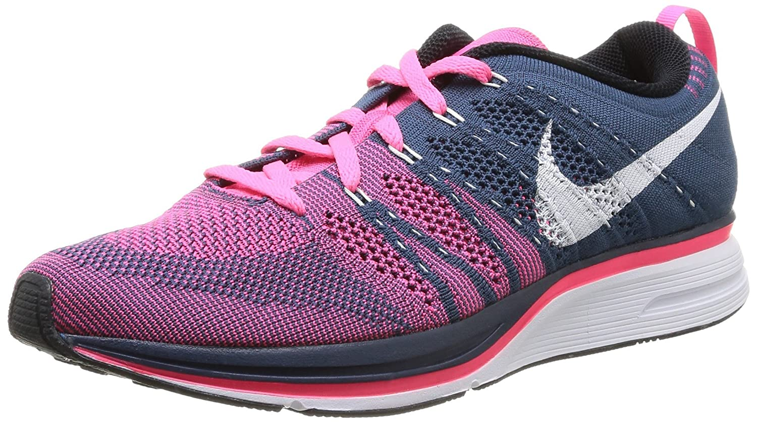 detailed look 27d1e fe692 Amazon.com   Nike Men s Flyknit Trainer, Squadron Blue White-Pink Flash    Fashion Sneakers