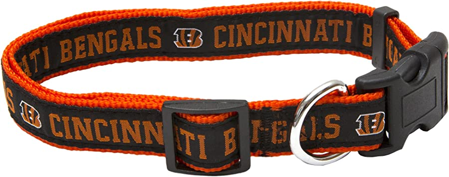 32 NFL Teams available in 4 Sizes Strong /& Durable NFL PET COLLAR Football Gear for the Sporty Pup. NFL DOG COLLAR Heavy-Duty