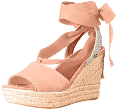 63e7dabd85c UGG Women's Shiloh Wedge Sandal