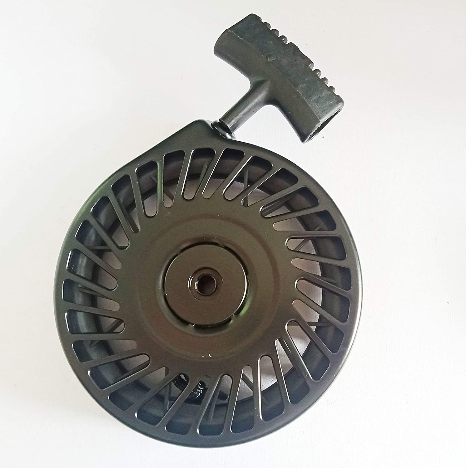 Aquiver Auto Parts New Replacement Recoil Starter Assembly for Tecumseh 590472,590621,590686,590694,590737,590785,590787