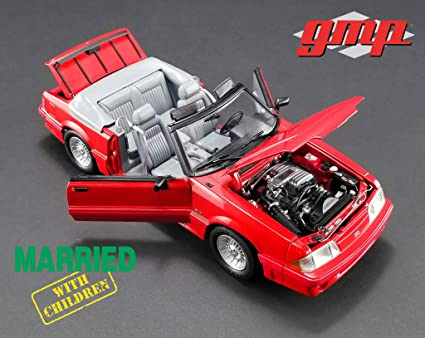 1988 Ford Mustang 5.0 Convertible Red Married with Children (1987-1997) TV Series