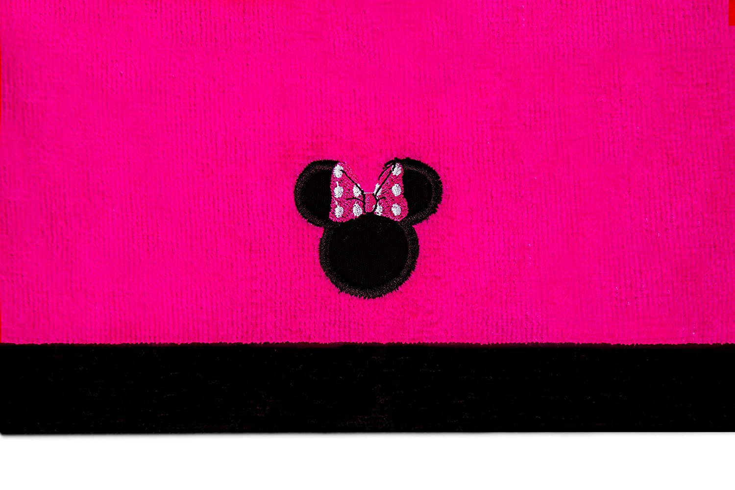 Jay Franco /& Sons Disneys Minnie Mouse Super Absorbent and Soft Fingertip Towel 100/% Cotton 11x18 Pack of 3