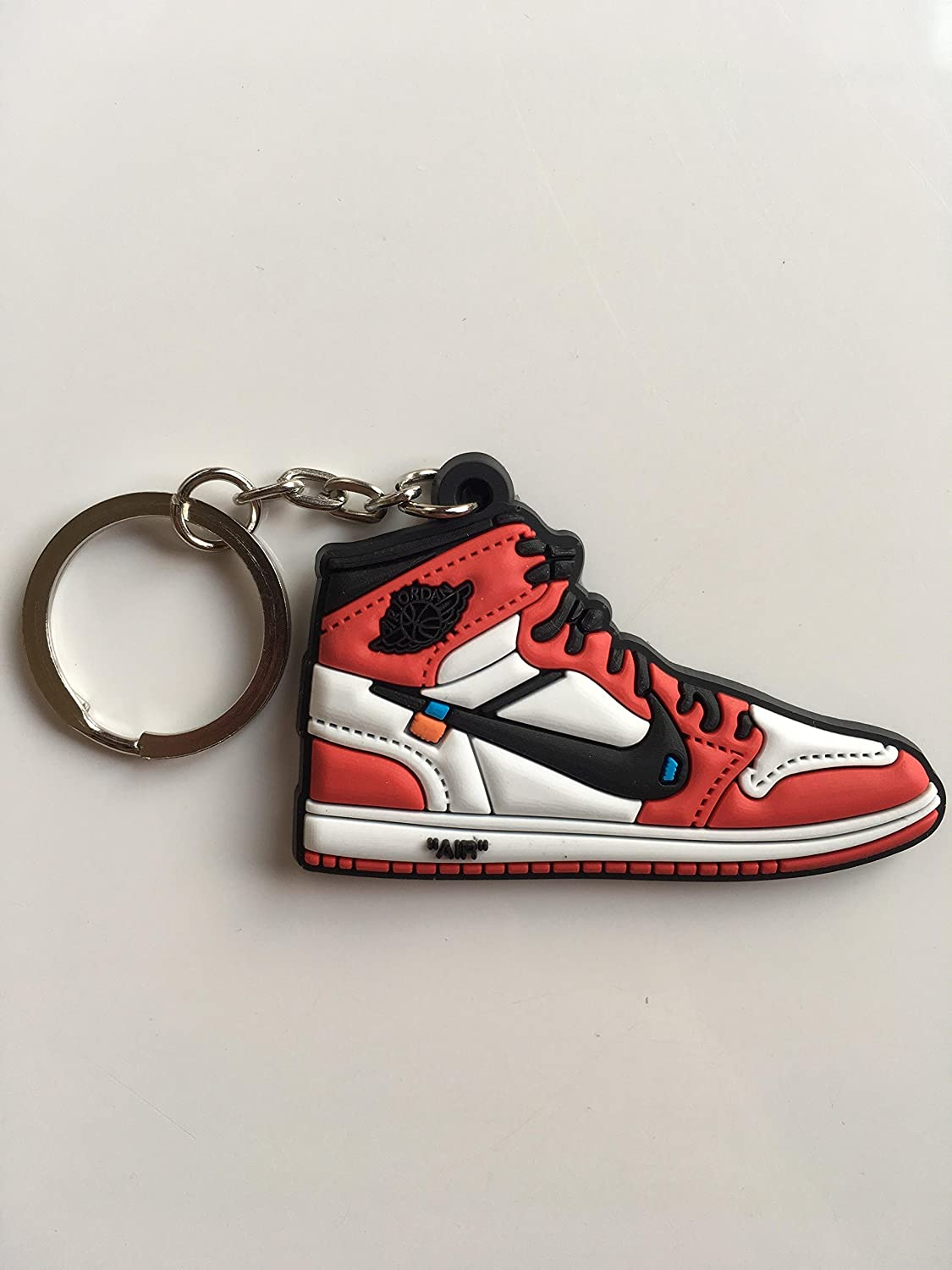 Amazon.com: Jordan Retro 1 OG X blanco roto Chicago Sneaker ...