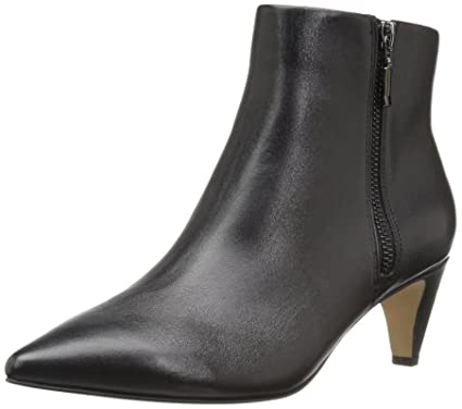 a74053695b Amazon.com: The Fix Women's Kenzee Kitten Heel Bootie Ankle Boot ...