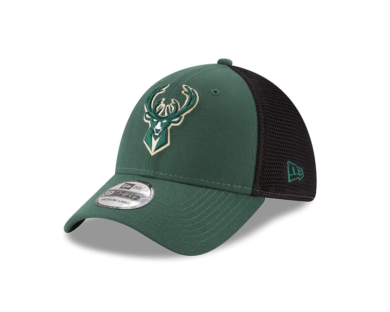 4852a86b681 Amazon.com   New Era Milwaukee Bucks 2-Tone Sided 39THIRTY Cap ...