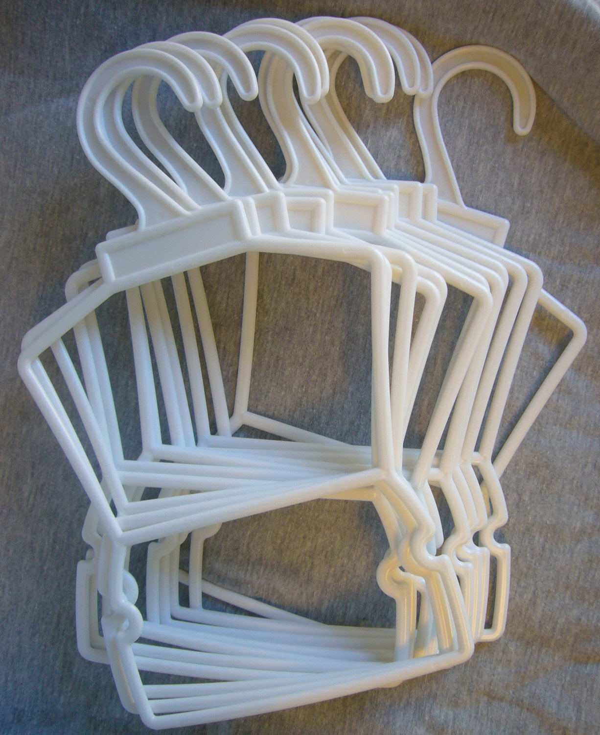 1 Dozen Doppel Tier Hangers for for for 18 Dolls by Doll Clothes Damen Sew Beautiful 741297