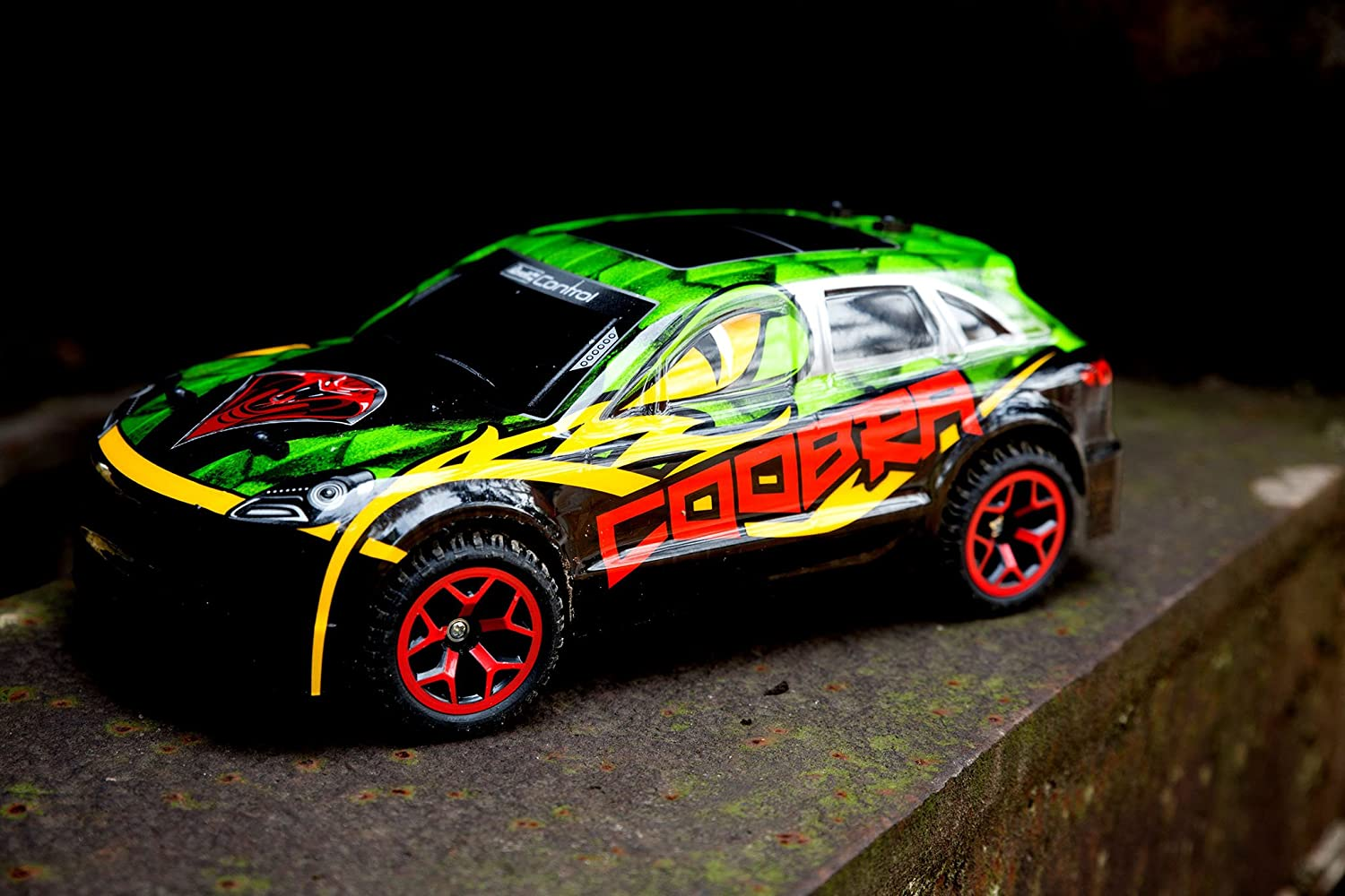 Rally Control 4x4 4 Voiture Coobra Radio Roues Revell mvN8nw0