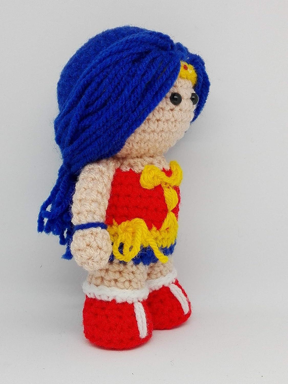 Wonder Woman amigurumi Personaggio DC comics Diana Prince
