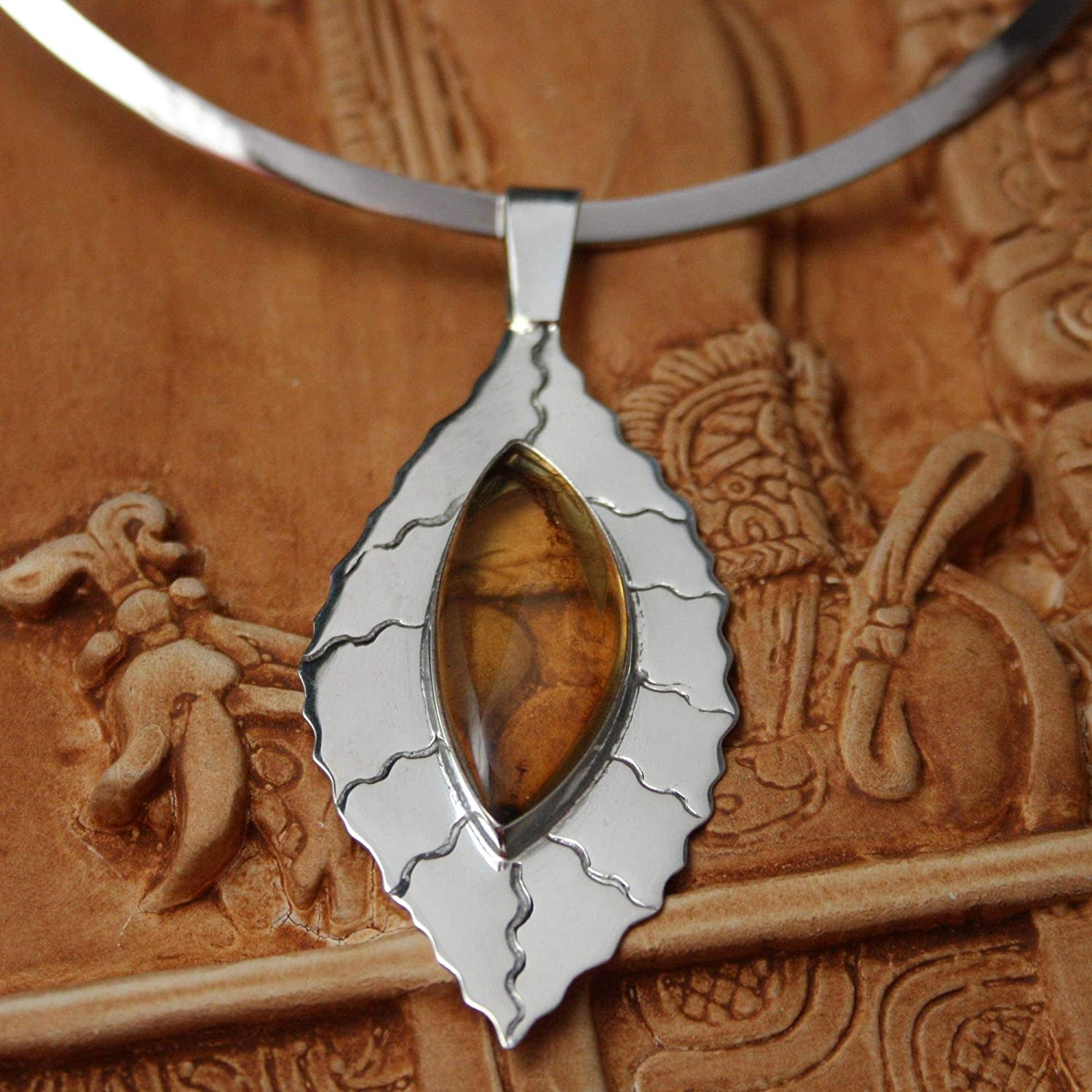 12.5 Jatoba Leaf NOVICA Amber .925 Sterling Silver Choker Necklace