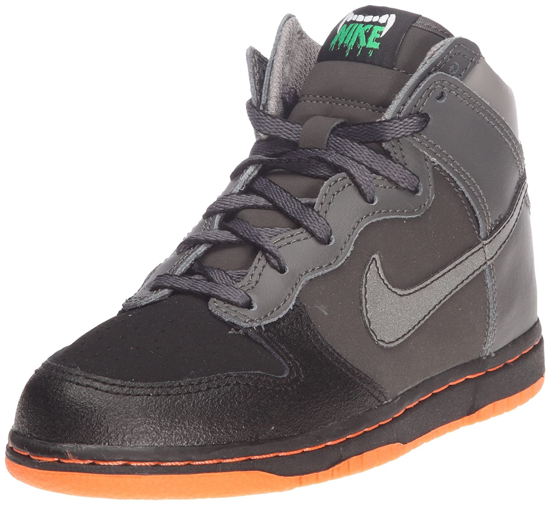check out 62921 bdd2b Amazon.com   Nike Free 5.0 Tr Flyknit Metallic Fitness Women s Shoes Size  11   Shoes