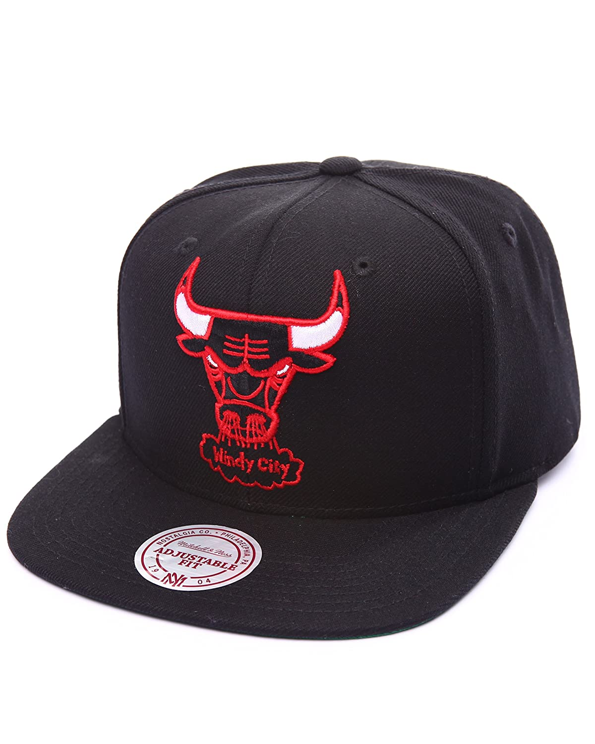 9e6e4ef9b56 Top1  Chicago Bulls NBA Mitchell   Ness Team Logo Solid Wool Adjustable  Snapback Hat