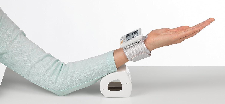 Amazon.com: PANASONIC EW BW10 Handgelenk Blutdruckmesser: Health & Personal Care