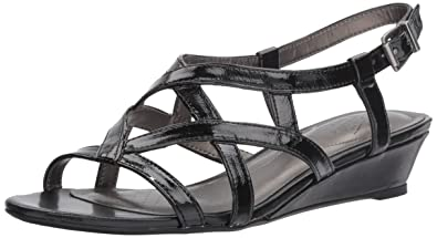 b94f7935c5ce LifeStride Women s YUPPIES Wedge Sandal Black 10 ...