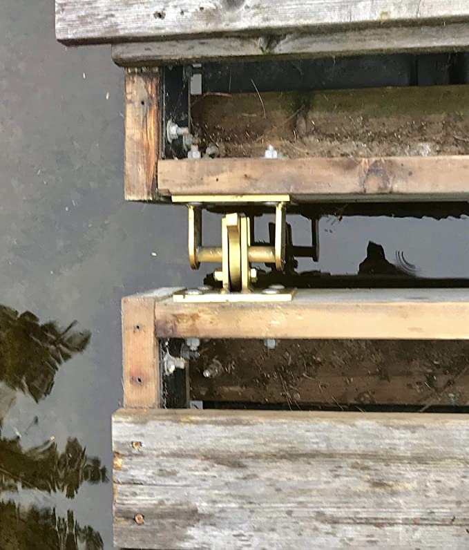 Floating Dock Connector Latch