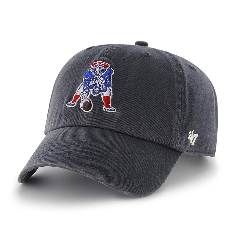 3d7f94ba0f9 Amazon.com   NFL New England Patriots  47 Brand Clean Up Adjustable Hat  (1965 Logo)