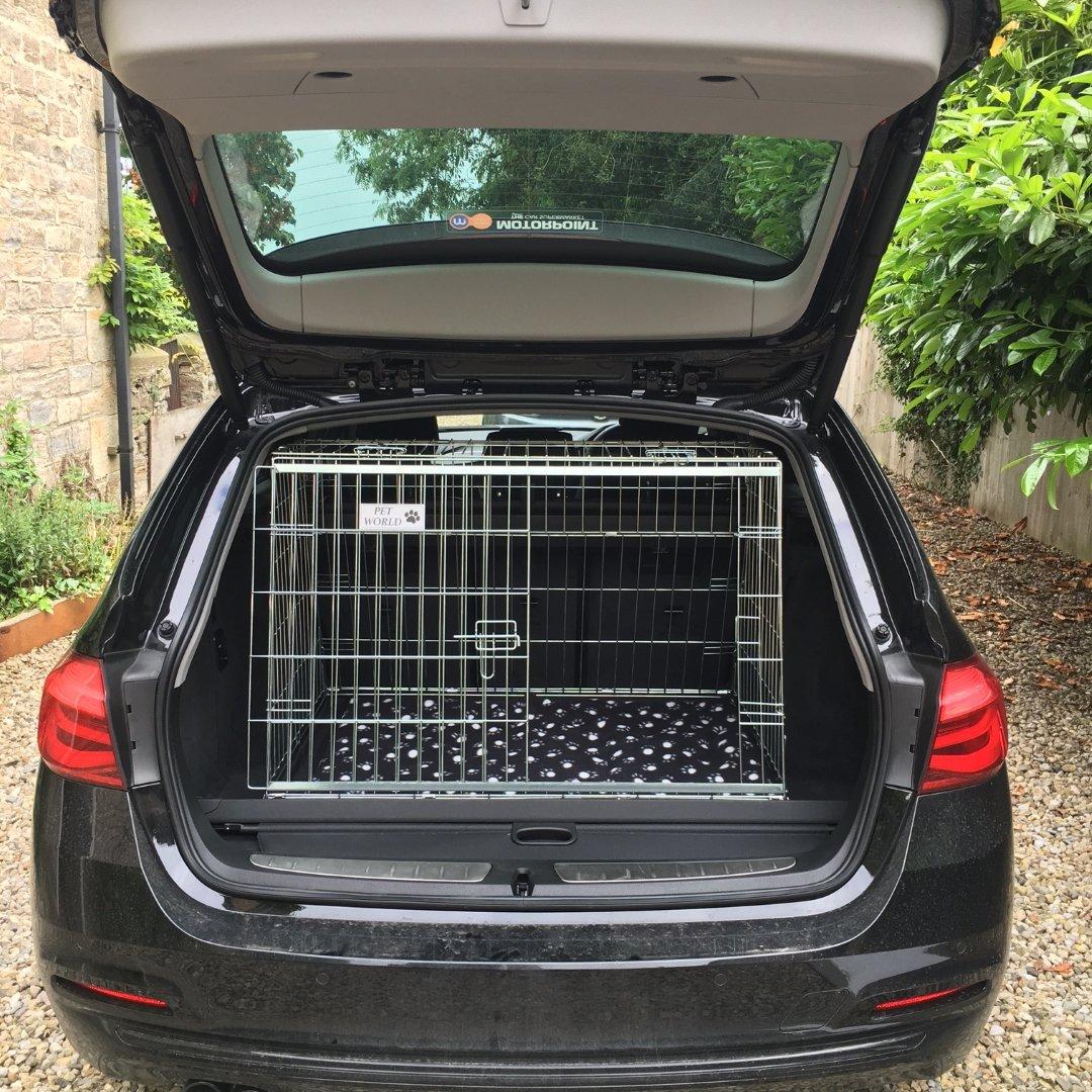 Pet World Jaula de Seguridad para Mascotas de la Serie 3 DE BMW: Amazon.es: Productos para mascotas