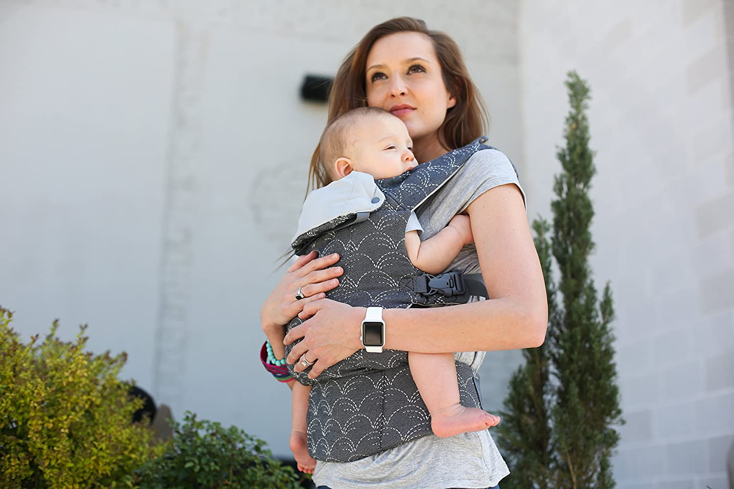 Beco 8 Adjustable Baby and Toddler Carrier. Fully Adjustable from 7 to 45lbs - Grass Waves