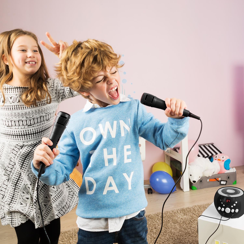G /• Efecto de Eco /• AVC /• Salida de Video /• Efecto luz LED /• Blanco Auna SingSing /• Karaoke para ni/ños /• Set /• 2 x micr/ófonos /• Reproductor de CD