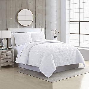Amrapur Overseas 3-Piece Emerson Clipped Jacquard Comforter Set, King, White