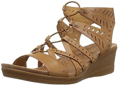 2f05c9773a90 BareTraps Women s Tiffany Sandal Auburn 6 Medium US
