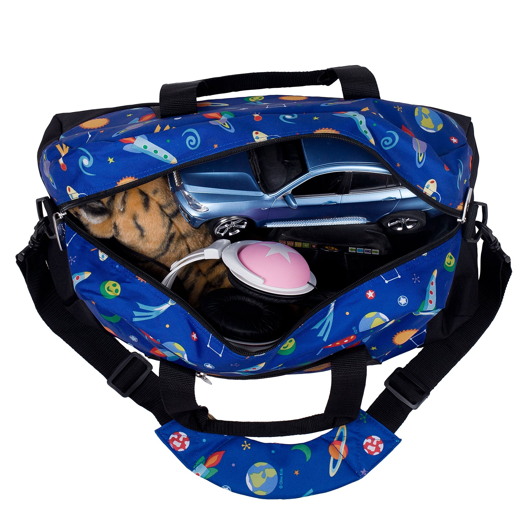 Wildkin Overnighter Duffel Bag, Features Moisture-Resistant Lining and Padded Shoulder Strap, Perfect for Sleepovers, Sports Practice, and Travel, Olive Kids Designs – Out of this World by Wildkin (Image #4)