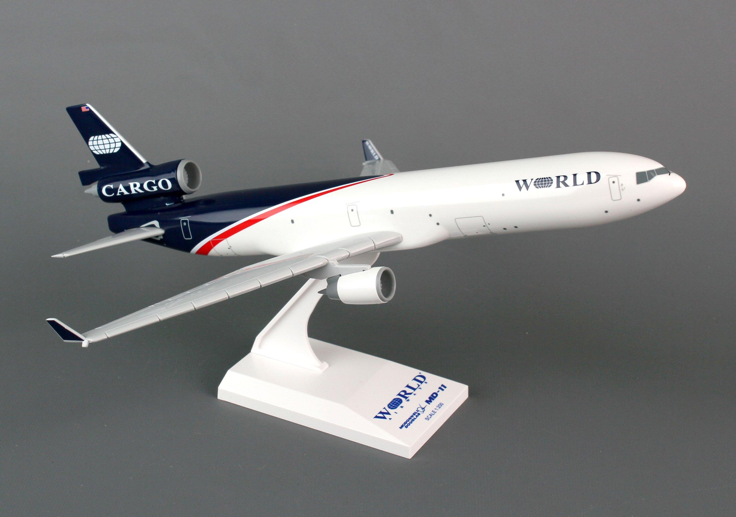 Daron Skymarks MD-11 World Airways, 1/200-Scale by Daron (Image #1)