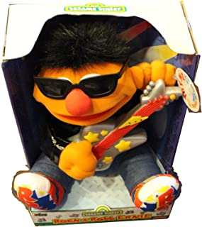 81O27eW0xGL._AC_UL320_SR270320_ amazon com rock & roll elmo ~ guitar playing & singing toys & games  at gsmx.co