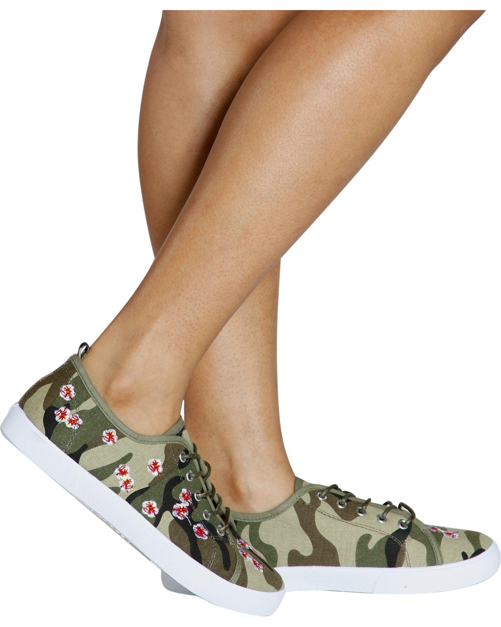 Love University Women's Time to Hide Embroidered Fashion Sneaker - Camo,Camo,7