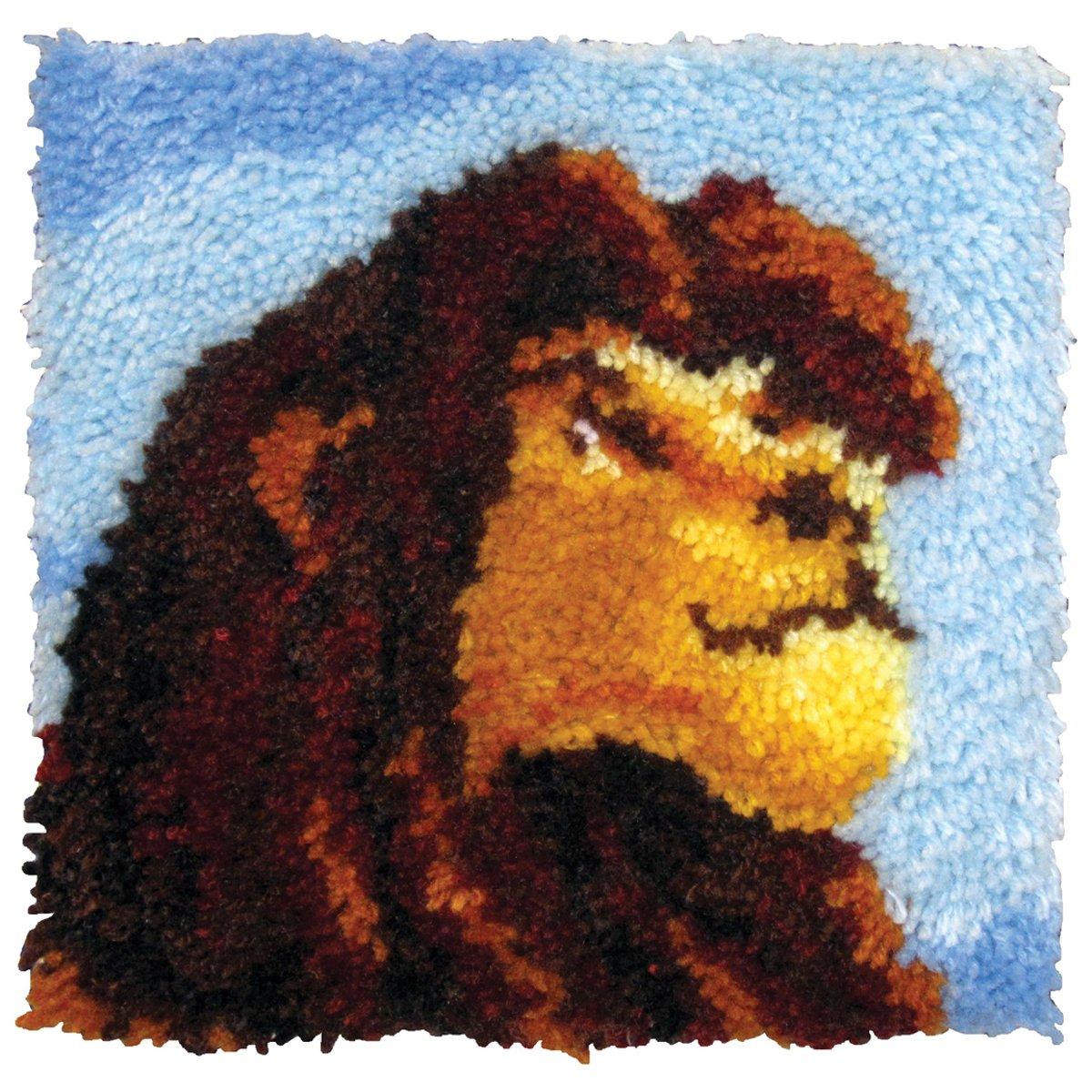 MCG Textiles 52760 Latch Hook The Lion King Disney Dreams Collection Kit by Thomas Kinkade for Pillows