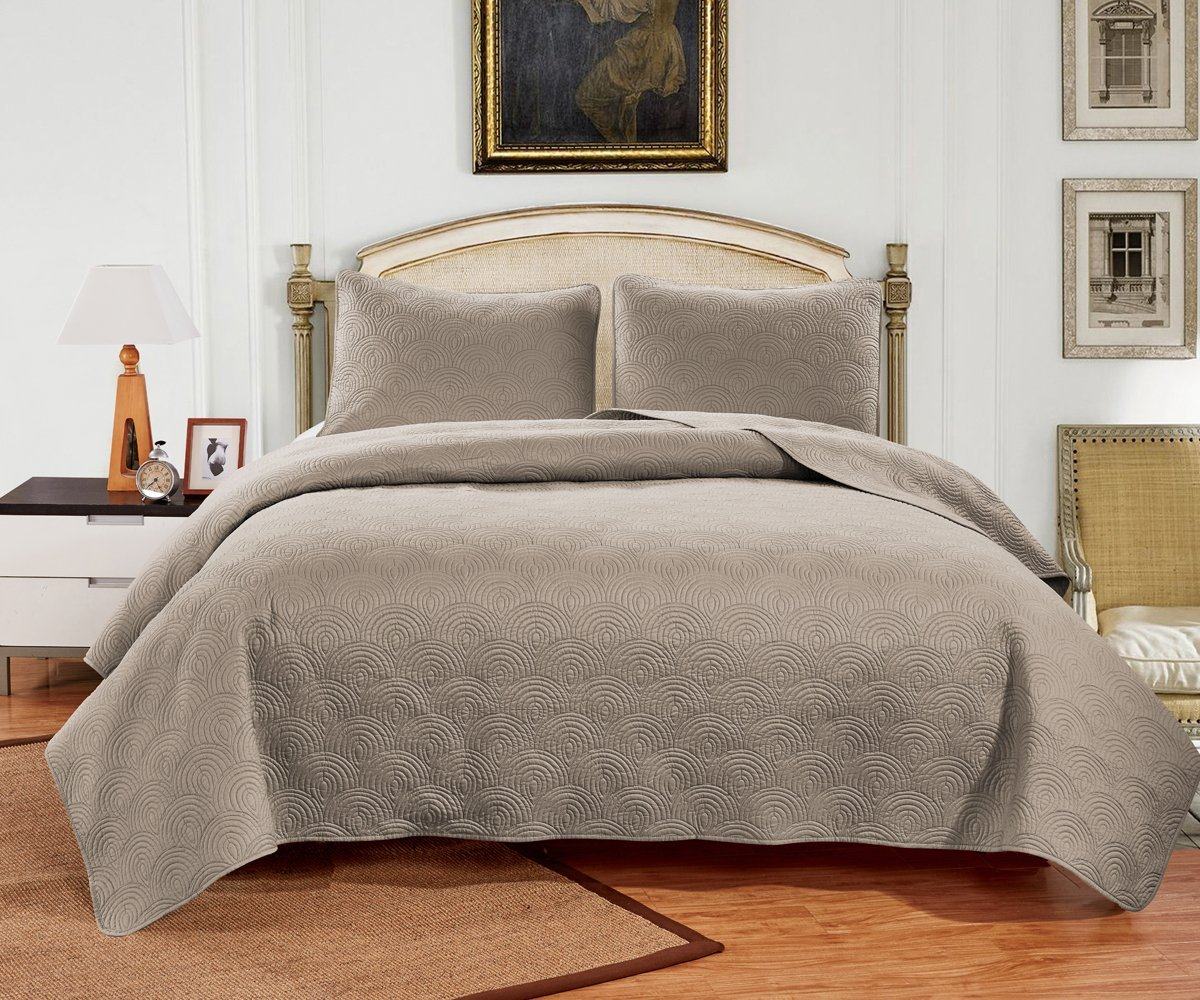 Jackson Hole Home PREWASHED 3 PC Solid Color Soft Pattern Coverlet Quilt Set, Khaki, Queen