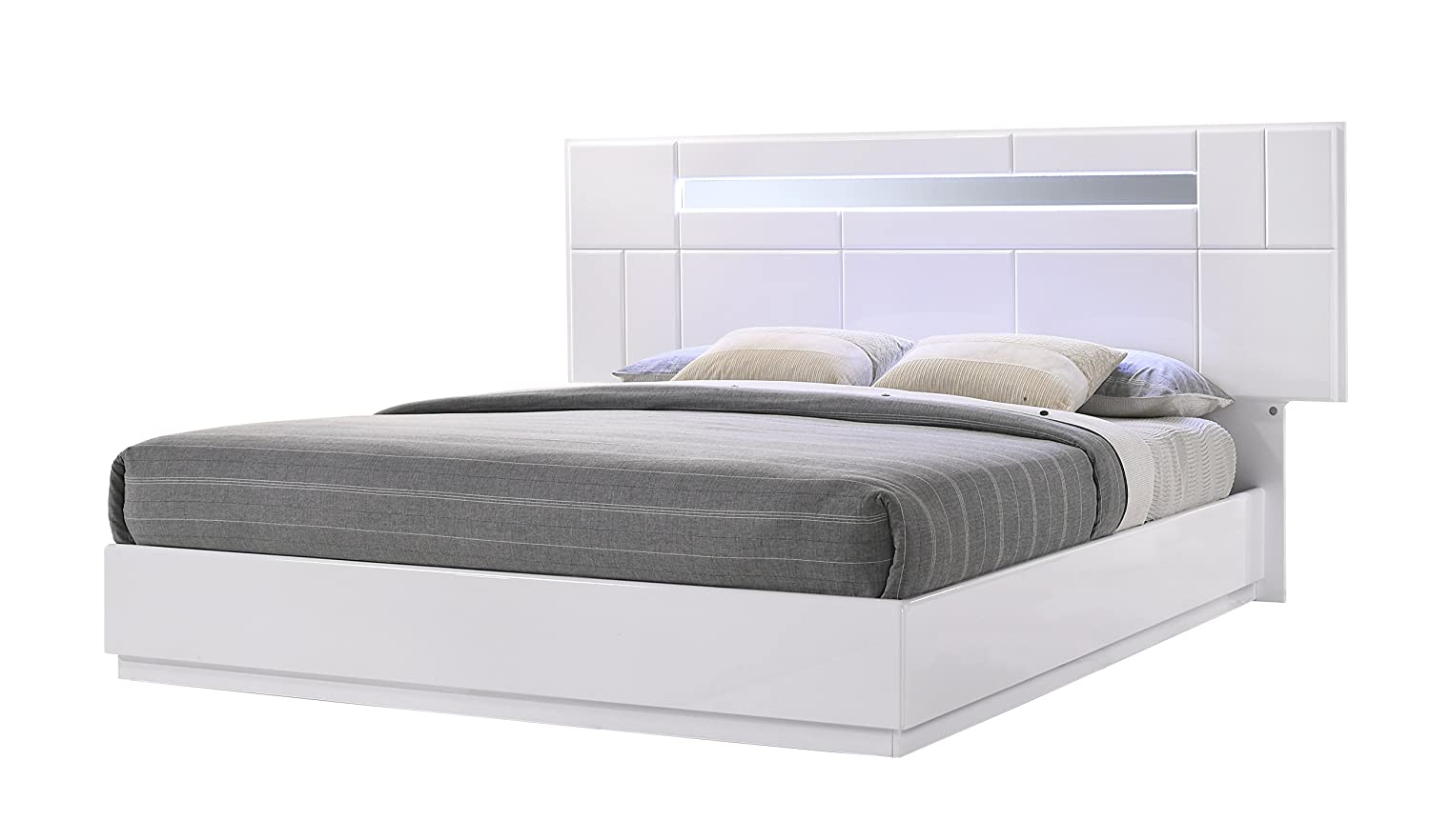 J and M Furniture Palermo Bed, Queen