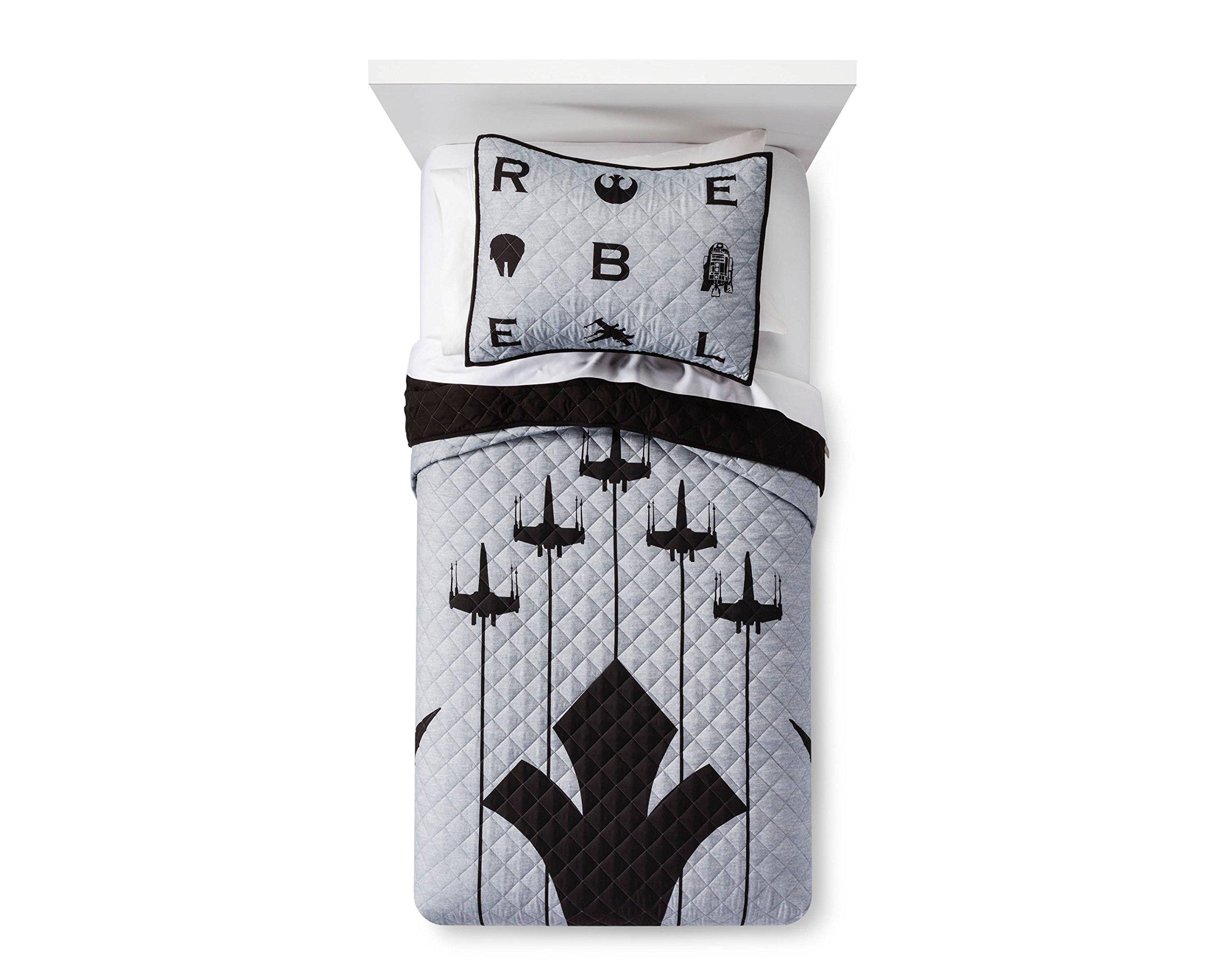 Star Wars Emblem Quilt Set (Twin) by Star Wars