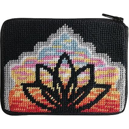 Amazon.com: Yoga Lotus Needlepoint – Monedero Kit -- Stitch ...