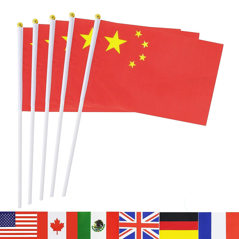 Amazon.com: Paquete de 50 banderas nacionales de país TSMD ...
