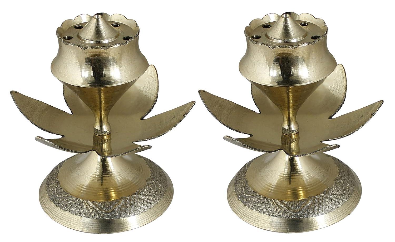 ensemble de 2 - huile de la lampe au puja laiton main indienne - diya lampe design gravé -7.6 x 7, 6 cm RoyaltyLane RLM-STATUE_LAMP_030_2