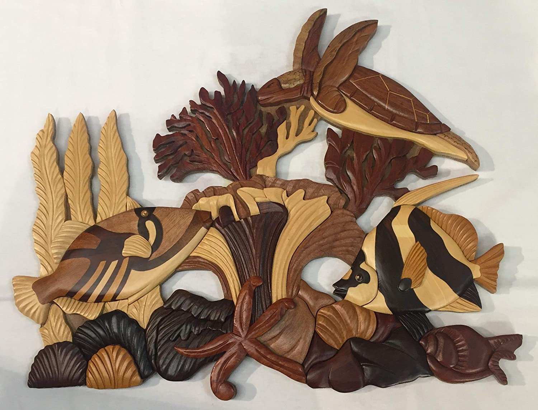 Wooden Wall Hanging Hawaiian Fish and Turtle Design.