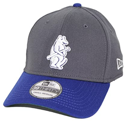 3ceb16cbb02 Image Unavailable. Image not available for. Color  New Era Chicago Cubs MLB  39THIRTY Cooperstown Classic Flex Fit Hat ...