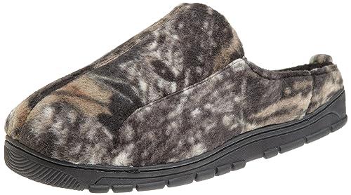 d3612806f837 Amazon.com  Muk Luks Men s Camouflage Clog Sock