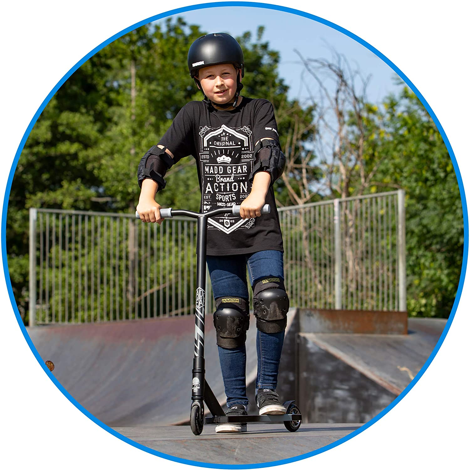 Max Rider Weight 220lbs MADD GEAR MGP Kick Series World/'s #1 Pro Scooter Brand 3 Year Manufacturer/'s Warranty Built to Last!Comes in Multiple Colors /& Models Suits Boys /& Girls Ages 6+