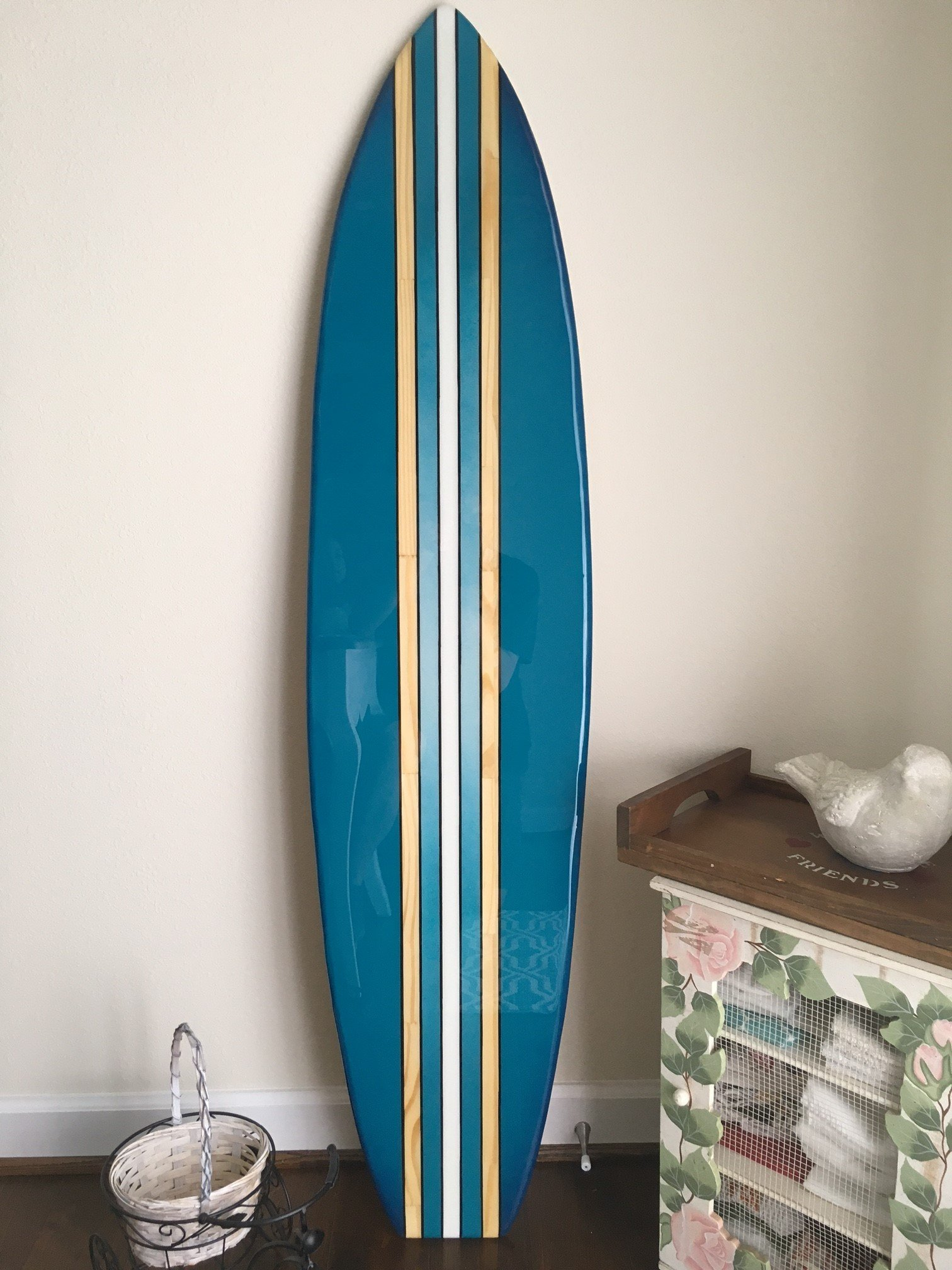 Shredder style surfboard wall hanging. Five foot surfboard wall art. Teal with fade.