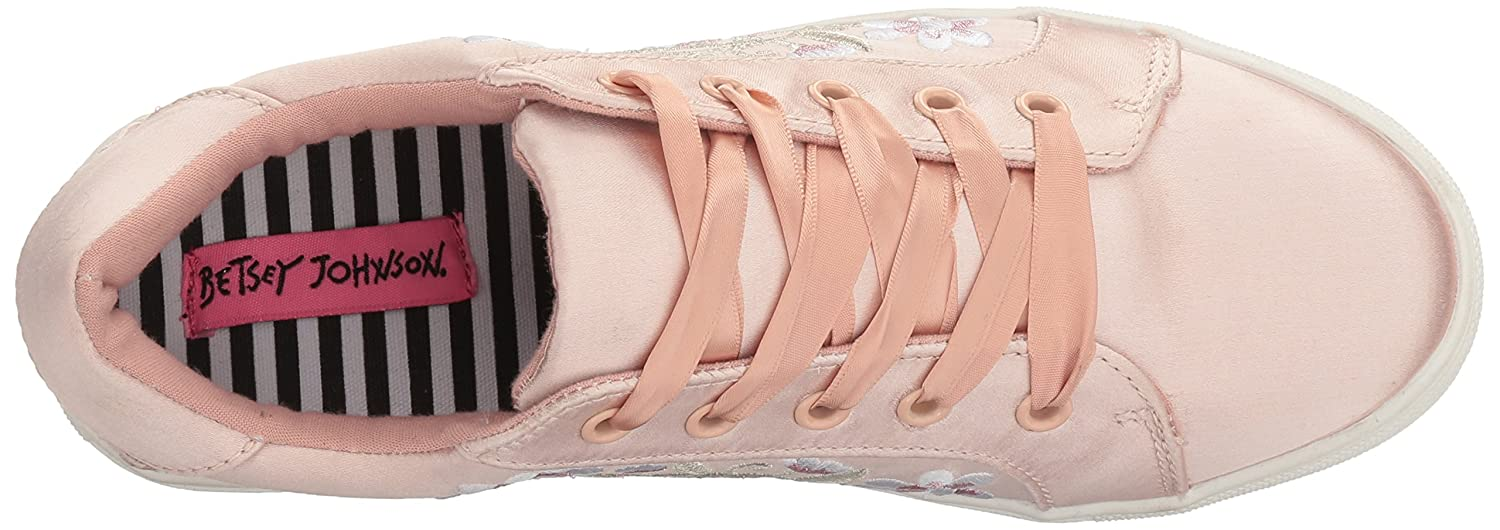 Betsey Johnson Womens Darbi Fabric Low Top Lace Up Fashion Sneakers